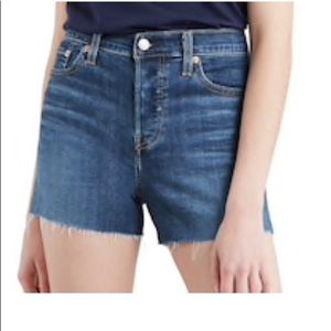 Women's Levi's® High Rise Jean Shorts 14 w32